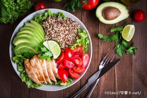 野菜中心のヘルシーな食事